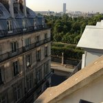 View from 6th floor Jr Suite towards Jardin Des Tulieries