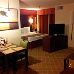 Photo de Residence Inn Phoenix Glendale