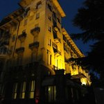 Palace Grand Hotel Varese at night