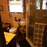 Tudor Hall B&B on Keuka Lake의 사진