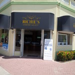 Richies Diamond Gallery
