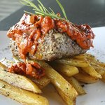 Tenderloin w/ roasted garlic tomato cream
