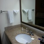 Foto Baymont Inn & Suites Kansas City South