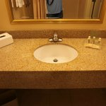 Holiday Inn Kansas City Airport resmi