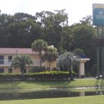 Photo de America's Best Inn Jacksonville