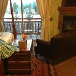 A Bear and Bison Canadian Country Inn Foto