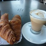 2 croissants+cafe-chino- 3 euros@ Redipane, 5 Via Irnerio
