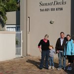 Sunset Decks Guesthouse resmi
