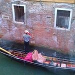 Gondolier below the window...