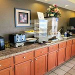 Photo de Americas Best Value Inn - Tulsa Airport