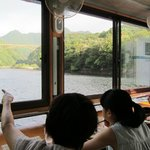 Breakfast on the Japanese houseboat 流れ船で朝食