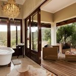 Melton - Guest Bathroom