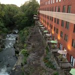 Sheraton Cuyahoga Falls Fall View Suites