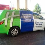 Holiday Inn Express Dallas East-Fair Parkの写真