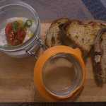 Rillettes de sardine aux pestos rouges