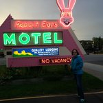 Rabbit Ears Motel resmi