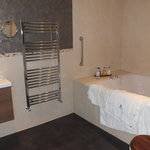 Semerwater Suite Bathroom
