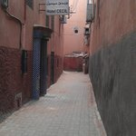 alleyway to the hotel