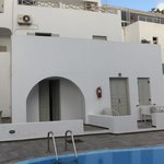 Photo de Nissos Thira Hotel