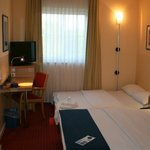 Photo de Holiday Inn Express Frankfurt-Airport