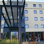 ภาพถ่ายของ Holiday Inn Express Frankfurt-Airport