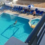 Daphne Apartments at the Blue Pool의 사진