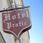 Hotel Pratic-Authentic Paris Accomadations