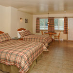 Bathgate Deluxe Motel Room