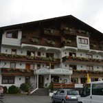 Photo of Hotel Neuwirt