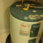 Dirty tray under water heater