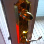 deadbolt did not work..following photo shows it turned and lock still not working