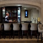Rundle Lounge Bar, Fairmont Banff Springs