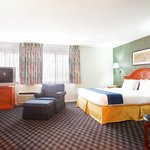 Фотография Holiday Inn Express Chicago-St. Charles