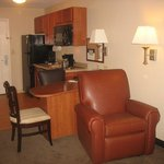 Photo de Candlewood Suites Waterloo-Cedar Falls