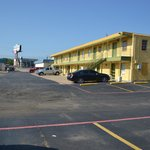 Photo de Luxury Inn and Suites