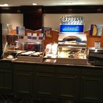Photo de Holiday Inn Express Montgomery