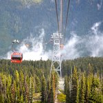 Pan Pacific Whistler Mountainside resmi
