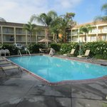 Cortona Inn & Suites Anaheim Resort resmi