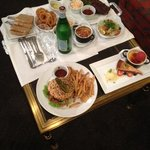 average food from quick room service