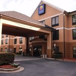 Comfort Inn and Suites front