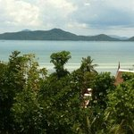 ... first time staying in samui... a really not bad hotel wif very friendly staff & love the bea