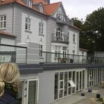 Hotellet fra haven