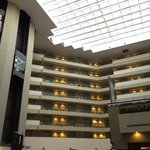 Foto van Embassy Suites Hotel Detroit - North / Troy - Auburn Hills