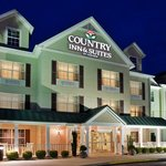 CountryInn&Suites Aiken ExteriorNight