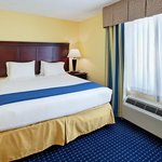 Φωτογραφία: Holiday Inn Express San Antonio Sea World