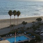 Фотография Crowne Plaza Ventura Beach
