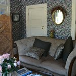 Фотография Cliff Cottage Inn - Luxury B&B Suites & Historic Cottages