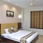 Hotel Shrinath Inn Jhansi
