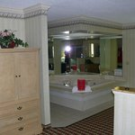 Photo de Comfort Inn & Suites  Quakertown