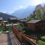 Photo de Bluebird Chalets - Chalet Chavants